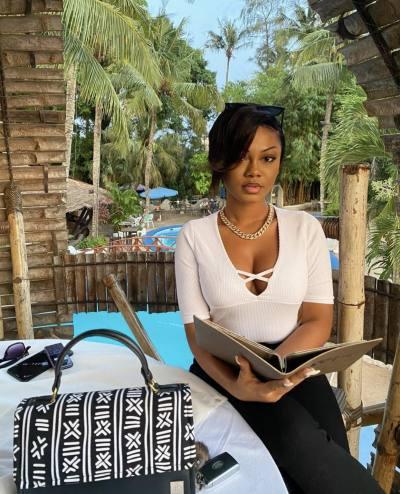 Dating women over 30 in Odomiabra | Topface