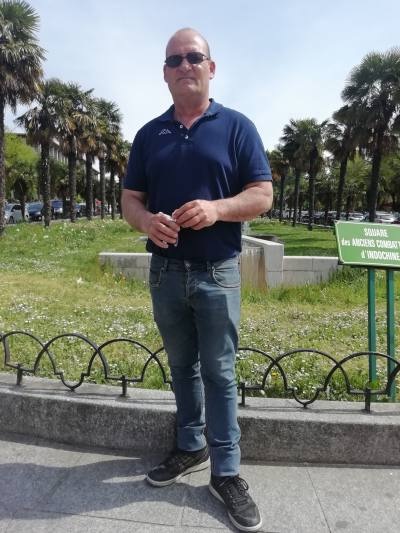Stephane 49 ans Paris France