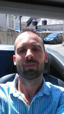 Mike 33 ans Bourges  France