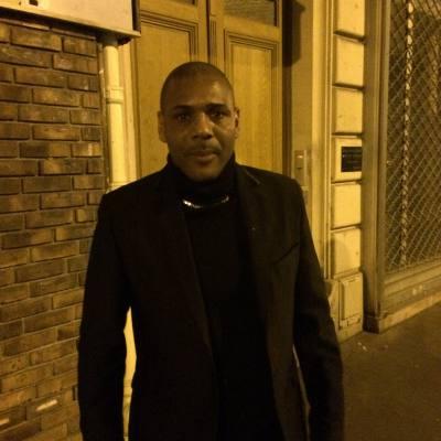 site de rencontre gay homme à Corbeil Essonnes