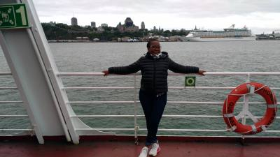 Christiane 48 ans Charenton France