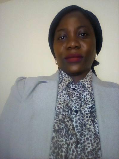 Rencontre Femme Guinée Barry 31ans, 162cm et 66kg - BlackAndBeauties