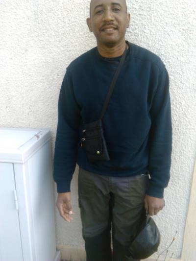 site rencontre gay black à Corbeil-Essonnes