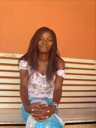 Rencontre Femme Cameroun Nadege 32ans, cm et 60kg - BlackAndBeauties