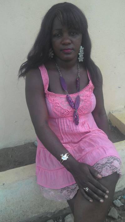 Sandra 44 ans Libreville Gabon.