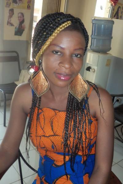 Awa, jolie femme noire d'origine malienne, Montreuil, cherche rencontre sérieuse   Rencontres Black