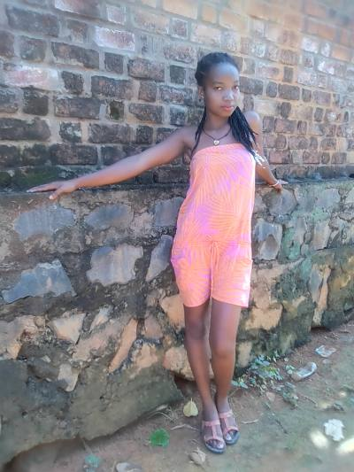 Rencontre jeune fille africaine