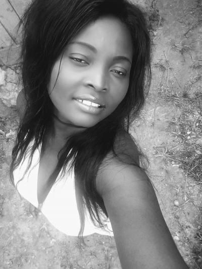 une très belle rencontre avec une belle femme Gabonaise