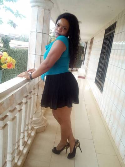 Lucie 31 ans Yaounde Cameroun