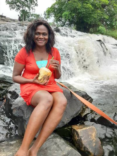 Claire 47 ans Yaounde Iv Cameroun