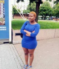Dolly 23 ans Paris France
