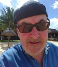 Jean Charles 68 ans Bordeaux France