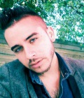 Kevin 29 ans Nevers France