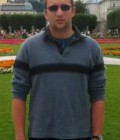 Louis 26 ans Levallois-perret France
