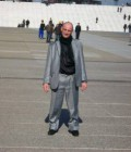 Lucien 55 ans Paris France
