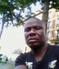 Madou 39 ans Paris France