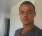 Renaud 28 ans Brest France