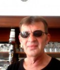 chris 48 ans Saintes France