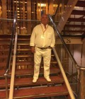 jacques 69 ans Marseille France
