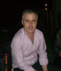 jose 57 ans Chateaurenard France